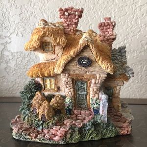 Boyds Bearly-Built Villages Bailey's Cozy Cottage